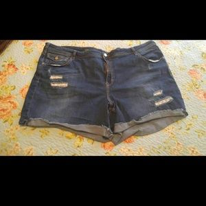 Pants - Size 28 LANE BRYANT shorts